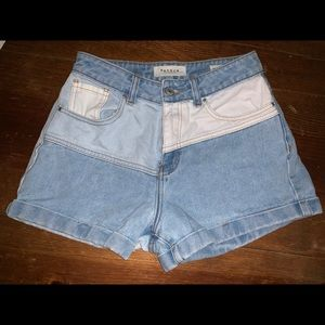 Pacsun mom shorts, size 25.